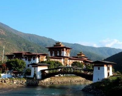 Explore Glimpse of Bhutan Tour